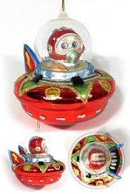 retro ufo spaceship ornaments set does this make my covetous