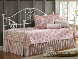 Daybed Covers And Pillows Daybed Beautiful Daybed Covers With Decorative Pillows And Cozy
