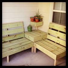Wood Pallet Patio Furniture by Diy Patio Furniture I Think This May Be The Perfect Size For The