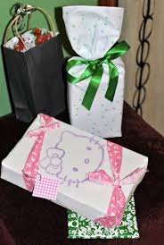 How To Wrap Wedding Gifts - wrapping gifts with fabric an array of patterns u0026 ideas