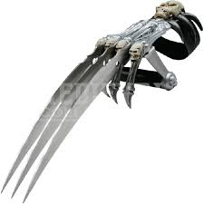 metal claws how useful would metal claws strapped to your be in a fight