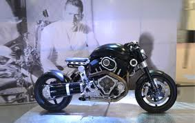 hellcat x132 dhoni dhoni hellcat black bike information on restaurants hotels cars