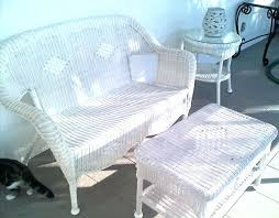 Hamptons Style Outdoor Furniture - white wicker patio furniture chairs and table perfect white