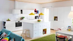 cuisine ludique dix cuisines tendance et spacieuses sur orange tendances