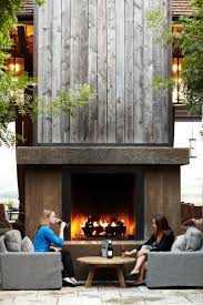 Unique Fireplaces Best 25 Modern Outdoor Fireplace Ideas On Pinterest Modern