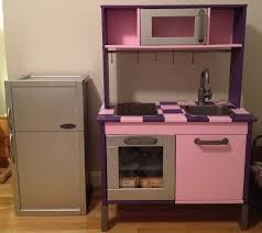 frigo pour chambre frigo coffre à jouets apa ikea chambre enfants