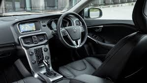 volvo v40 review and buying guide best deals and prices buyacar