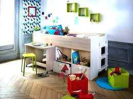 premier bureau enfant premier bureau enfant bureau enfant 2 ans lit enfant 2ans un