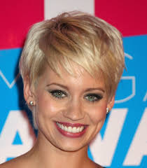 pictures of short haircuts for fine hair and round face hair