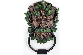 What Is A Good Housewarming Gift 11 Good Housewarming Gifts For Guys Door Knocker Edition