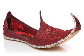 wedding shoes india what are the best indian wedding dresses for brides grooms and