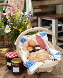 breakfast basket knepp safaris stay facilities