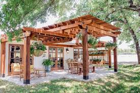 Outdoor Backyard Wedding What You Need To Know When Planning A Backyard Wedding Rustic