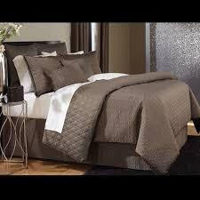 Solid Colored Comforters 38 Best Solid Color Bedding Images On Pinterest Comforter Sets