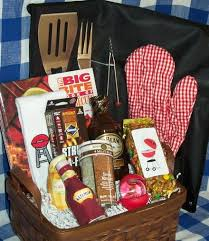 non food gift baskets best 25 gift baskets ideas on groomsmen gift