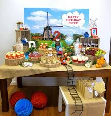 thomas the tank engine table top 13 best thomas the tank engine party sweet bits and pieces images