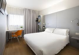 chambre d hote figueres b b hotel figueres figueras tarifs 2018