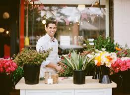 flower arranging tips floral pop up shop