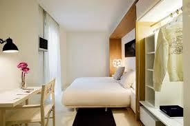 chambre a barcelone hôtel denit minimalisme et confort au cœur de barcelone