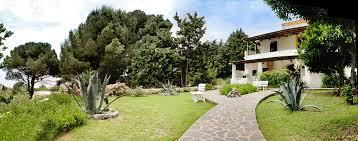 casa e giardino appartamenti e a salina in affitto per te vacanze a salina