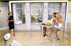 Kim Zolciak Kitchen by Jennifer Lopez Plays U0027car Aoke U0027 With Meredith Vieira