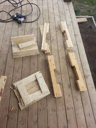 How To Make A Table Out Of Pallets He Grabbed An Old Pallet And Made This In Under 2 Hours Incredible
