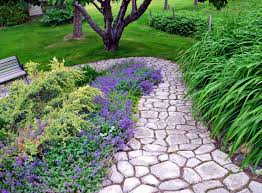 Cobblestone Ideas by This Diy Cobblestone Paving Is Made Using Just One