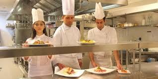 la restauration collective recrutera 20 000 salariés en 2015 néo