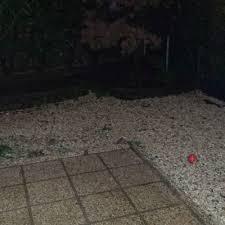 quanto costa la ghiaia fare cemento stato e rimuovere ghiaia aiuola ea udine