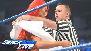 eva marie has a wardrobe malfunction before her match vs becky