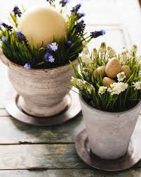 Easter Decorating Ideas For The Home by Decorating For Easter Martha Stewart