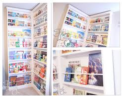 Build Corner Bookcase White Corner Bookshelf Diy Projects