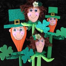 lucky leprechaun family potted décor project by decoart