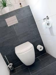 badfliesen modern die besten 25 badezimmer fliesen ideen auf