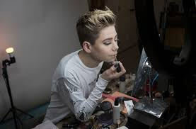 Top Makeup Schools In Nyc His Eye Makeup Is Way Better Than Yours The New York Times