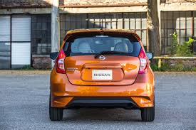 nissan orange refreshing or revolting 2017 nissan versa note motor trend