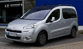 peugeot cars wiki 2013 peugeot partner tepee photos and wallpapers trueautosite