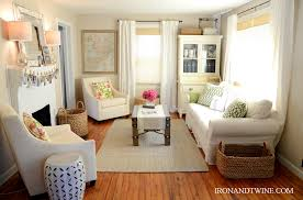 Ideas For Small Living Room Decorating Ideas For Small Apartment Living Rooms 7785