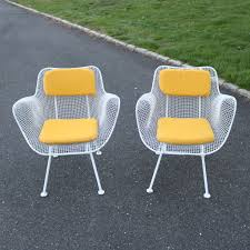 Russell Woodard Patio Furniture - pair of russell woodard sculptura large patio chairs iron