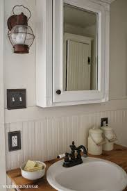 Primitive Country Bathroom Ideas by Best 25 Rustic Medicine Cabinets Ideas Only On Pinterest Diy