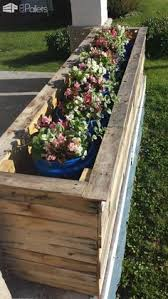 how to turn a pallet into a planter in six not too confusing