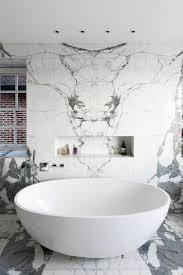 Round Bathtub Freestanding Bathtub U2013 Eye Catching And Luxury In The Bathroom