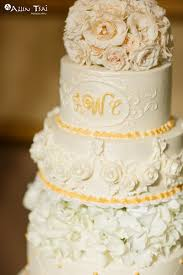 cake monograms branding your wedding with logos monograms and initials