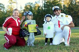 family halloween costumes for 3 put up your dukes wall e ween homemade diy group wall e costumes