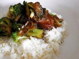 cuisiner brocolis a la poele recette de porc au brocolis