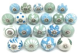 Kitchen Cabinet Knobs by Kitchen Cabinet Door Knobs Cabinet Door Handles At Home Depot