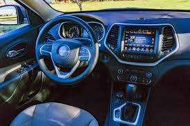jeep interior 2017 the 2017 jeep cherokee latitude 4 4 is a marvelous mid size suv