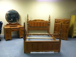 antique bedroom set with vanity decoraci on interior