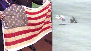 Americain Flag Former Dodger Rick Monday Recalls Saving American Flag Before
