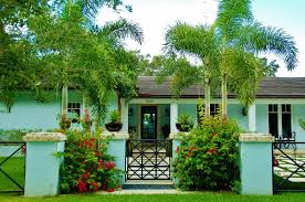 Tropical Landscaping Ideas by Terrific Tropical Landscaping Ideas For Front Yard Pics Design